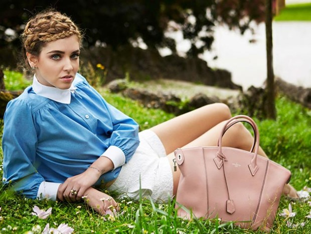 Chiara_Ferragni_for_Louis_Vuitton_Soft_Lockit_handbag_campaign3