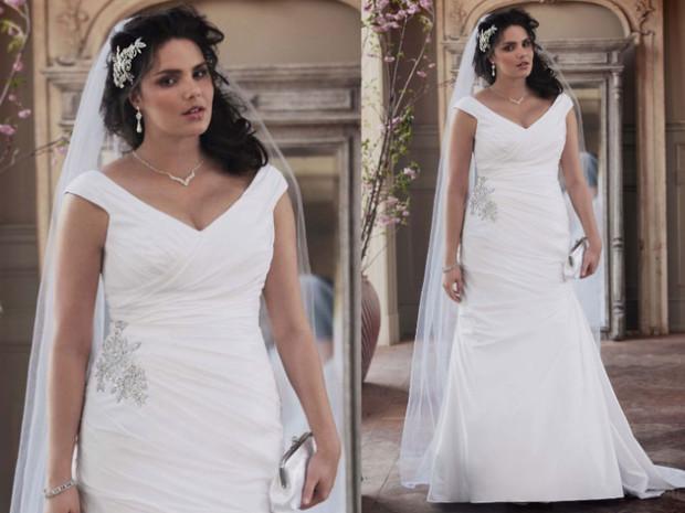 embedded_plus-size-bridal-dress