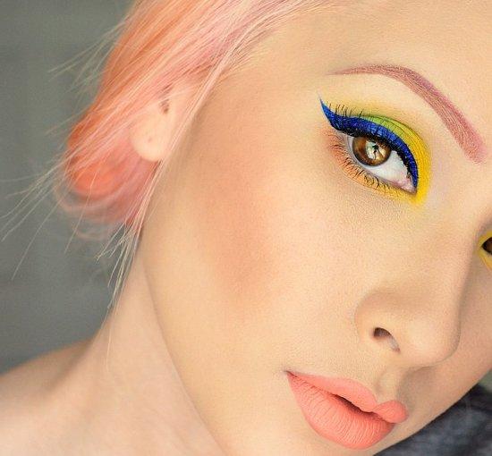 Αποτέλεσμα εικόνας για χρωματιστο eyeliner