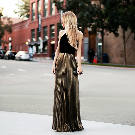 embedded_wedding_guest_outfit_one_shoulder_maxi_dress