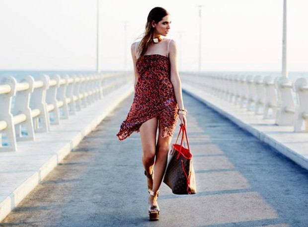 how_to_tie_a_sarong_fashionisers