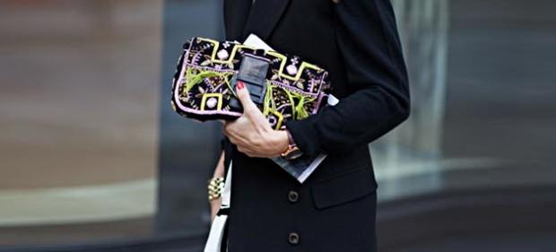 top_10_designer_handbags_every_It_Girl_should_have_Fendi_Baguette_Bag