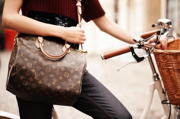 top_10_designer_handbags_every_It_Girl_should_have_Louis_Vuitton_Speedy_Bag