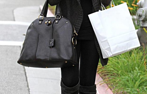 top_10_designer_handbags_every_It_Girl_should_have_YSL_Muse_Bag
